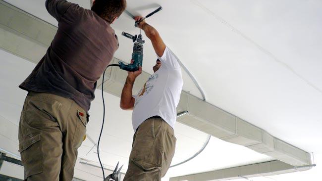 Progettazione uffici: Montaggio canalizzazioni aria condizionata