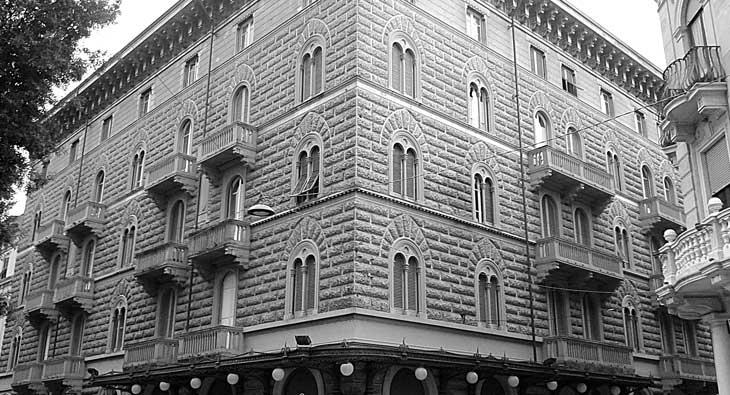 Sede studio architetto Carrara. Palazzo Vacchelli